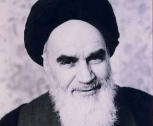 الإمام الشخص الوحيد الذي كان هادئاً