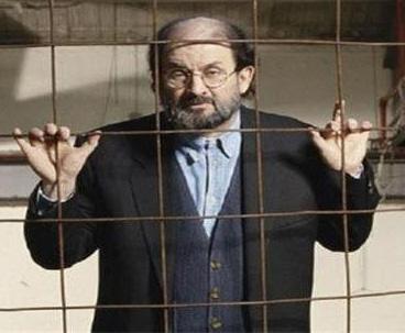 سلمان رشدي حتى لو تاب يجب على كل مسلم أن يرسله إلى الدرك الأسفل
