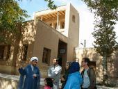 سياح المانيون يزورون بیت الامام في خمین