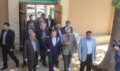 وزير الاتصالات يزور بيت الامام الراحل في خمين