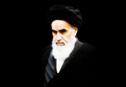 المحرّك والموجّه الروحي لهذه المقاومة في البلاد الاسلامیة هو الامام الخمیني