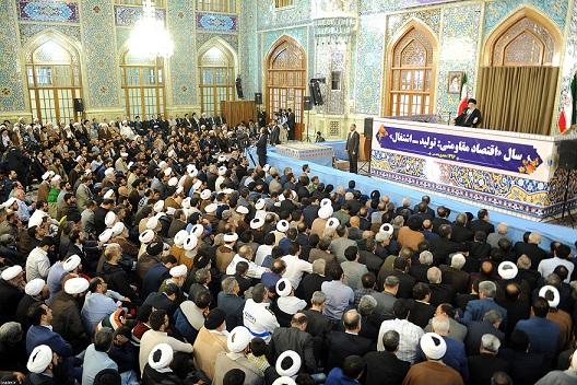 الإمام الخامنئي: الأولوية في الانتخابات للمشاركة الشعبية بكافة أطيافها