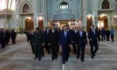 وزير الدفاع الارميني يزور مرقد الامام الراحل
