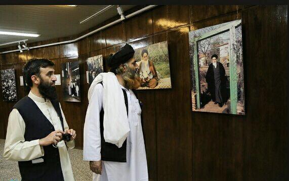Présence des Ulama (Savants) sunnites dans la maison de l'Imam Khomeini (Que DIEU sanctifie son noble secret)